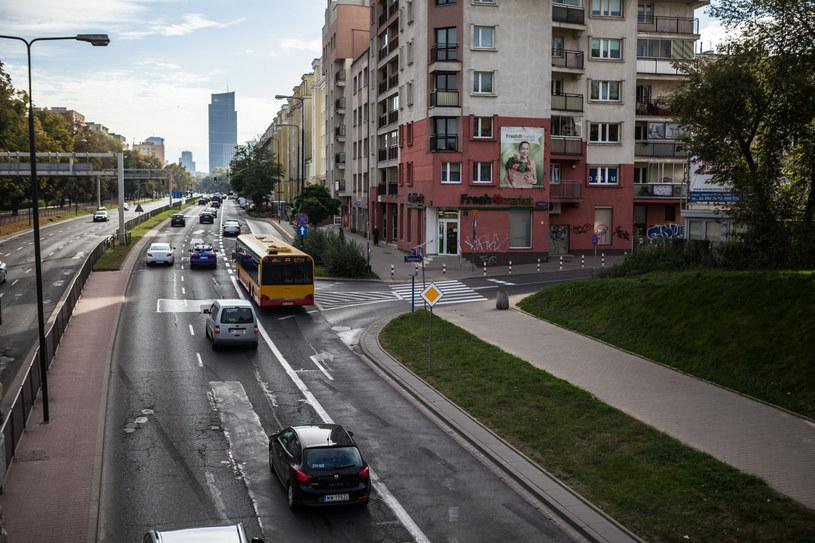 Ulica Górczewska zostanie zwężona z 3 na 2 pasy ruchów /Adam Burakowski /Reporter