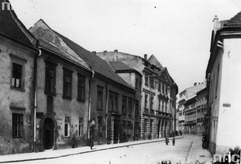 Ulica Kanonicza w roku 1926 /Z archiwum Narodowego Archiwum Cyfrowego