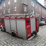 Ulica zapadła się pod wozem strażackim