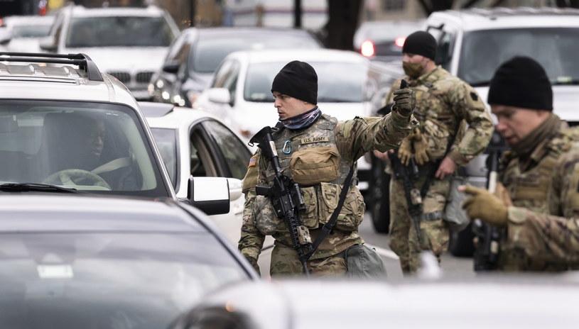 Ulice Waszyngtonu patroluje Gwardia Narodowa /JUSTIN LANE /PAP/EPA