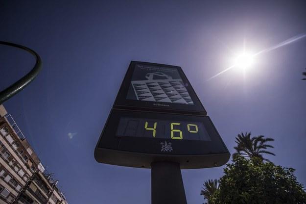 Uliczny termometr w Kordobie /RAFA ALCAIDE /PAP/EPA