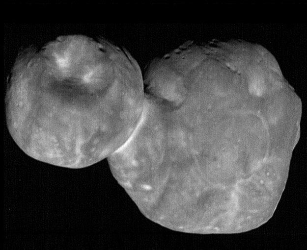 Ultima Thule /NASA/Johns Hopkins Applied Physics Laboratory/Southwest Research Institute, National Optical Astronomy Observatory /Materiały prasowe