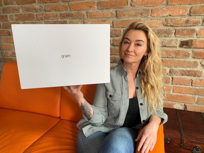 Ultrabook LG gram 2021 i ambasadorka marki LG - Martyna Wojciechowska /materiały prasowe