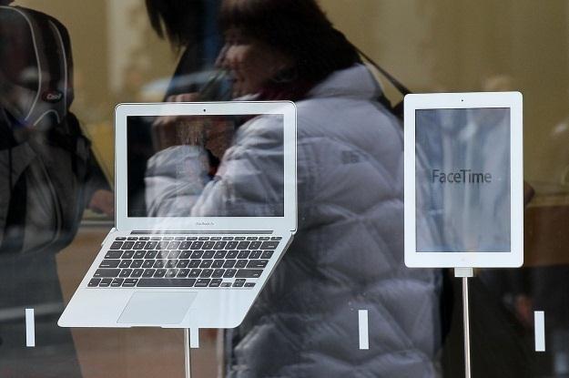 Ultrabooki padną ofiarą najnowszej wojny patentowej Apple? /AFP