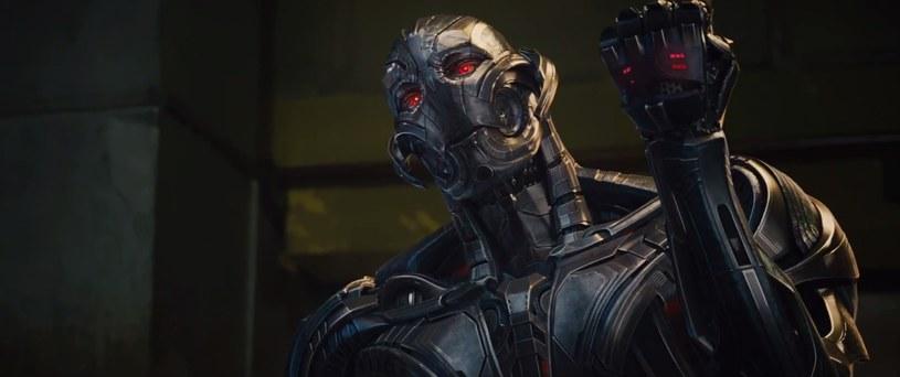 """Ultron z filmu """"Avengers: Czas Ultrona"""" /materiały prasowe"""