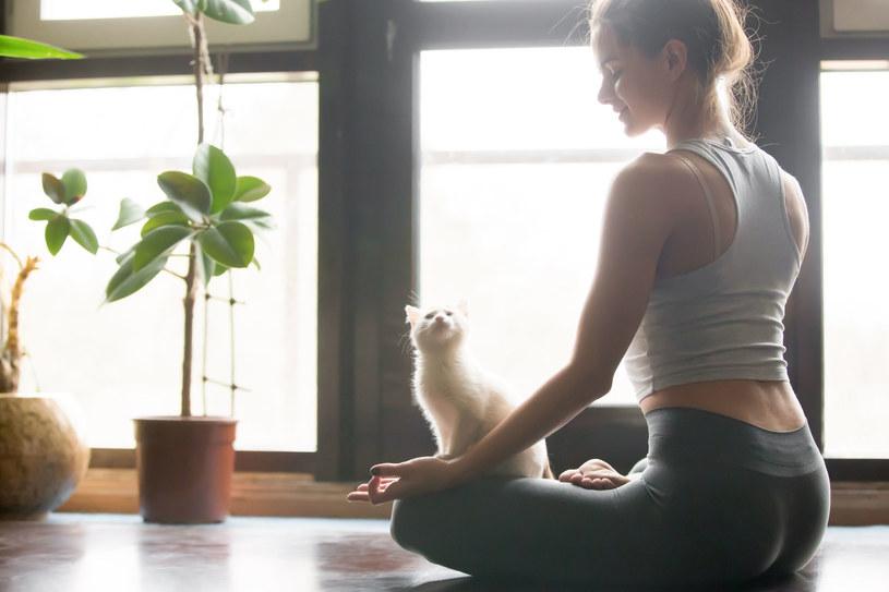 Umiejętność prawidłowego oddechu jest niezwykle ważna, szczególnie w czasach, kiedy zjada nas stres /123RF/PICSEL