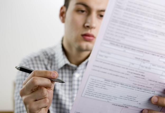 Umowy z biurami podróży często zawierają kruczki, które umykają uwadze klientów /© Bauer