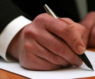 Umowy zlecenia oskładkowane od 2016 roku