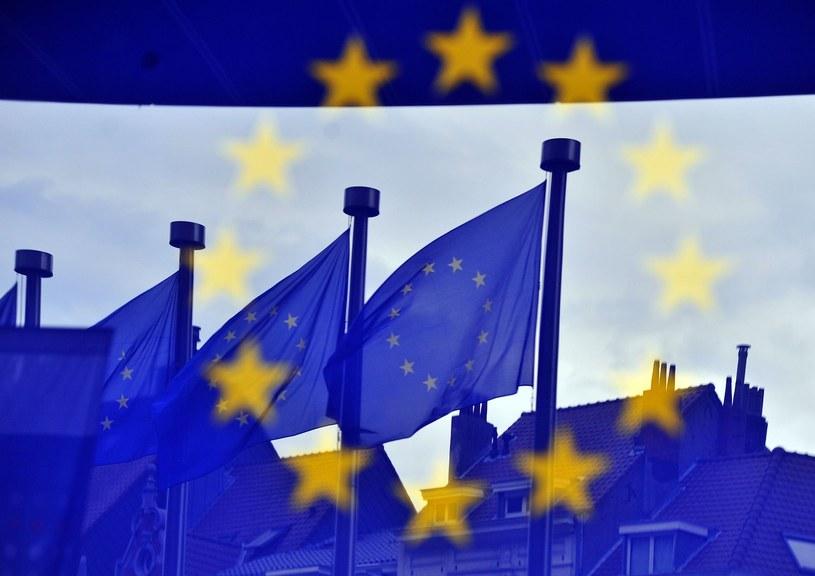 Unijne terminy stają się powoli niezbędne w codziennym życiu /AFP
