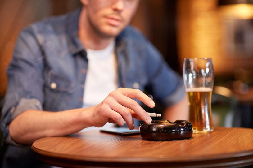 Unikaj alkoholu /©123RF/PICSEL