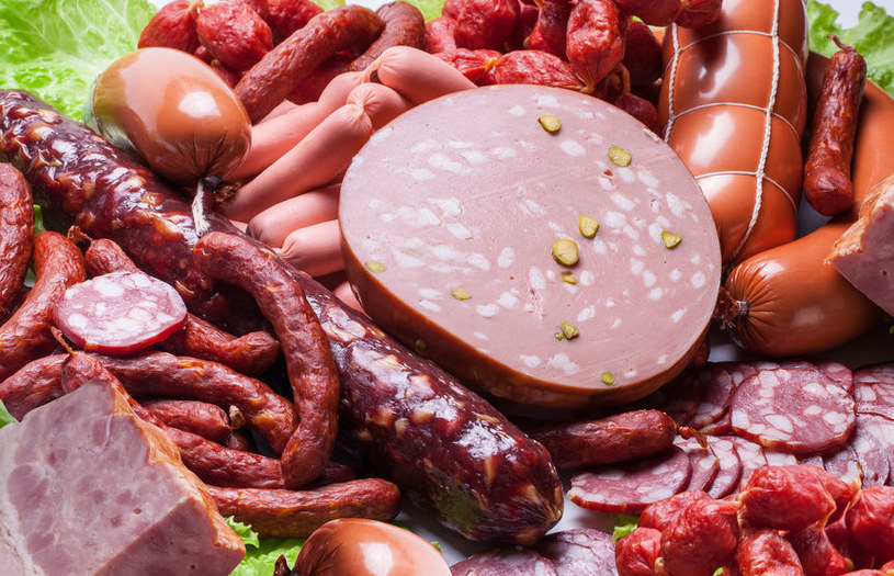 Unikaj przetworzonego mięsa /©123RF/PICSEL