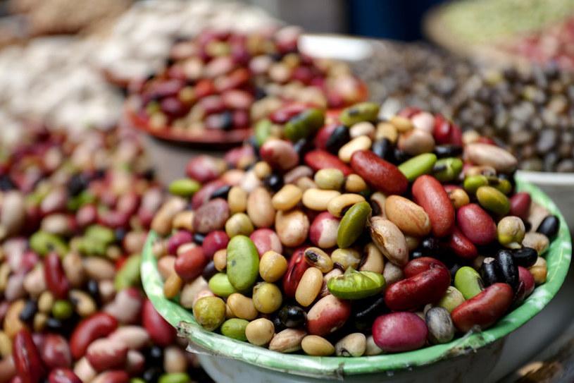 Unikaj warzyw strączkowych /©123RF/PICSEL