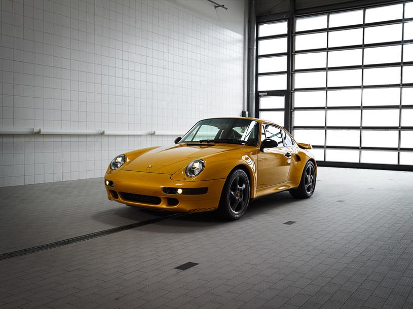 Unikalne nowe-stare Porsche 911 /