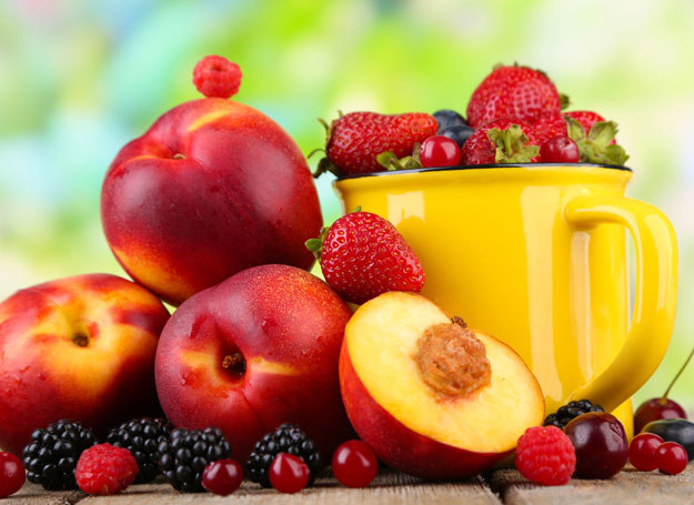 Unikanie spożywania owoców jest wręcz zagrożeniem zdrowia /123RF/PICSEL