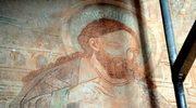 Unikatowe polichromie w kaplicy w Chwarszczanach