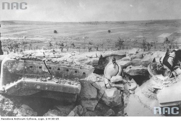 Walki austriacko-rosyjskie o Przemyśl - ruiny zniszczonego fortu
