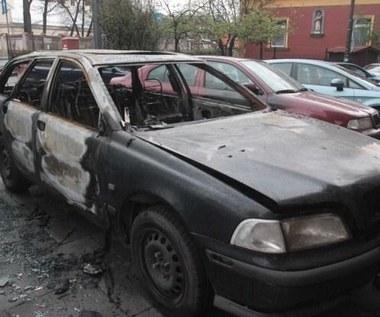 Upał! Uważaj, by nie spalić auta