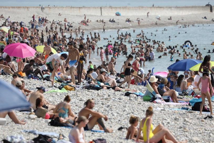 Upały we Francji nie słabną od poniedziałku /LUDOVIC MARIN/AFP /East News