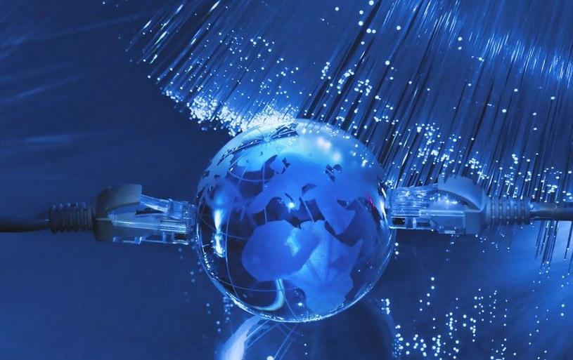 UPC kusi internetem o prędkości pobierania do 250 Mb/s i wysyłania 20 Mb/s przez całą dobę /materiały prasowe