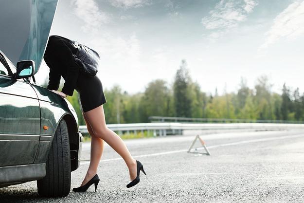 Upozorowanie kolizji drogowej w celu uzyskania odszkodowania to przestępstwo /©123RF/PICSEL