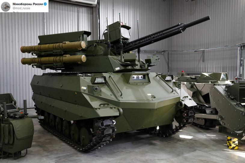 Uran-9 wchodzi do służby - roboty w armii to nowy etap rozwoju armii /Twitter