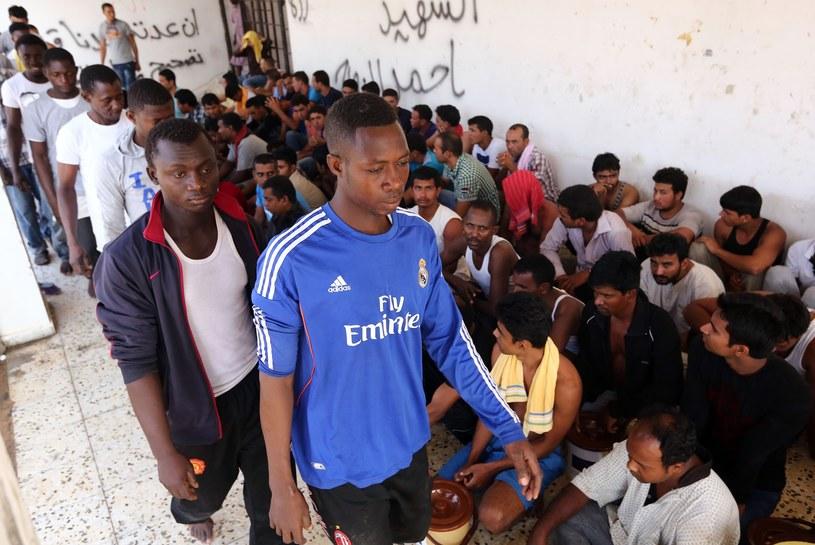 Uratowano 201 osób, z których 147 przewieziono do ośrodka dla nielegalnych imigrantów w mieście Sabrata /AFP