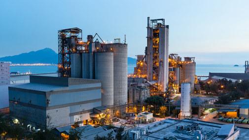 URE pisze do rządu: przemysł ma problem ze znalezieniem sprzedawców prądu
