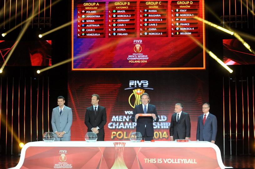 Uroczystość losowania grup siatkarskich mistrzostw świata 2014 w Warszawie /Bartłomiej Zborowski /PAP