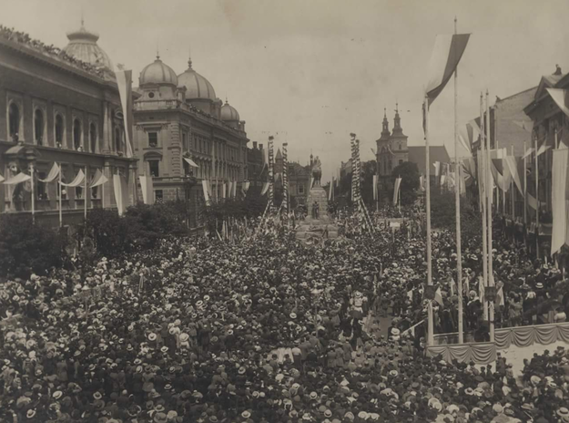 Uroczystość odsłonięcia Pomnika Grunwaldzkiego w Krakowie /Archiwum Akt Nowych