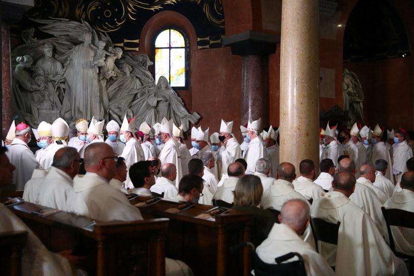 Uroczystość z udziałem polskich biskupów odbyła się w bazylice oo. Jezuitów w Krakowie /Beata Zawrzel/REPORTER /Reporter