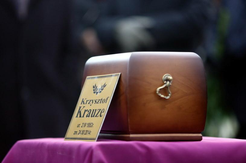 Uroczystości pogrzebowe Krzysztofa Krauzego odbyły się na Cmentarzu Rzymskokatolickim w Kazimierzu Dolnym /Leszek Szymański /PAP
