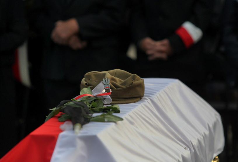 Uroczystości pogrzebowe żołnierzy wyklętych /Tomasz Waszczuk /PAP