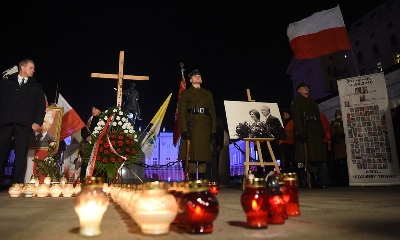 Uroczystości przed Pałacem Prezydenckim w Warszawie z udziałem asysty honorowej /Radek Pietruszka /PAP