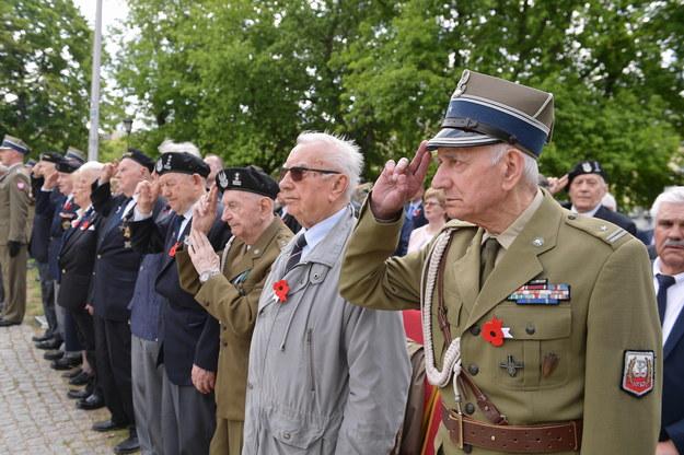 Uroczystości przed pomnikiem Bitwy o Monte Cassino 12 maja w Warszawie /Marcin Obara /PAP
