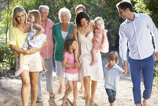 Urodzisz dziecko, wiek emerytalny skróci ci się o dwa lata? Petycja już w Sejmie /©123RF/PICSEL