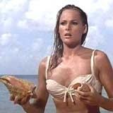 Ursula Andress w słynnym bikini /
