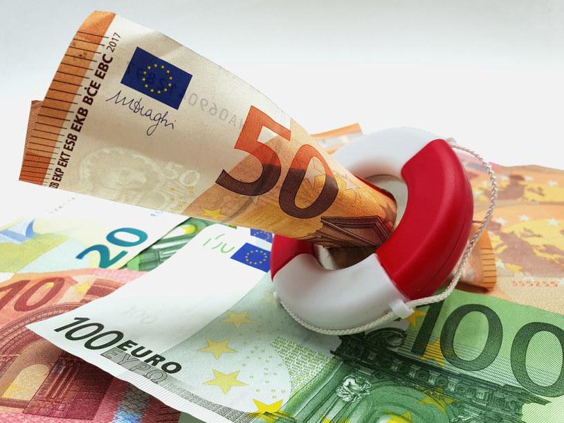 Ursula von der Leyen ogłosiła, że na walkę z pandemią UE będzie potrzebowała około biliona euro. /123RF/PICSEL