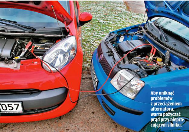 Uruchamianie auta przy użyciu kabli rozruchowych /Motor