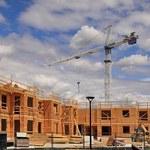 Urzędnicy będą kupować przedsiębiorstwa i decydować o budowie prywatnych mieszkań