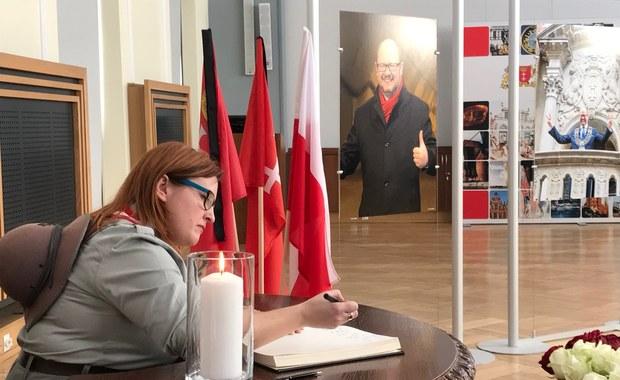 Urzędnicy o Adamowiczu: Nauczył, że miasto ma być dla wszystkich