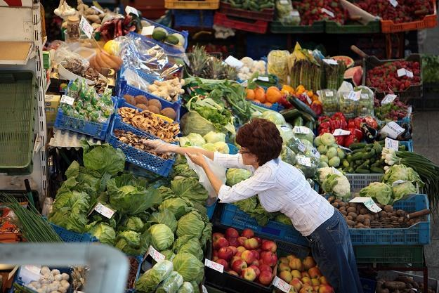 Urzędnicy przestaną nękać sprzedawców na bazarach /©123RF/PICSEL