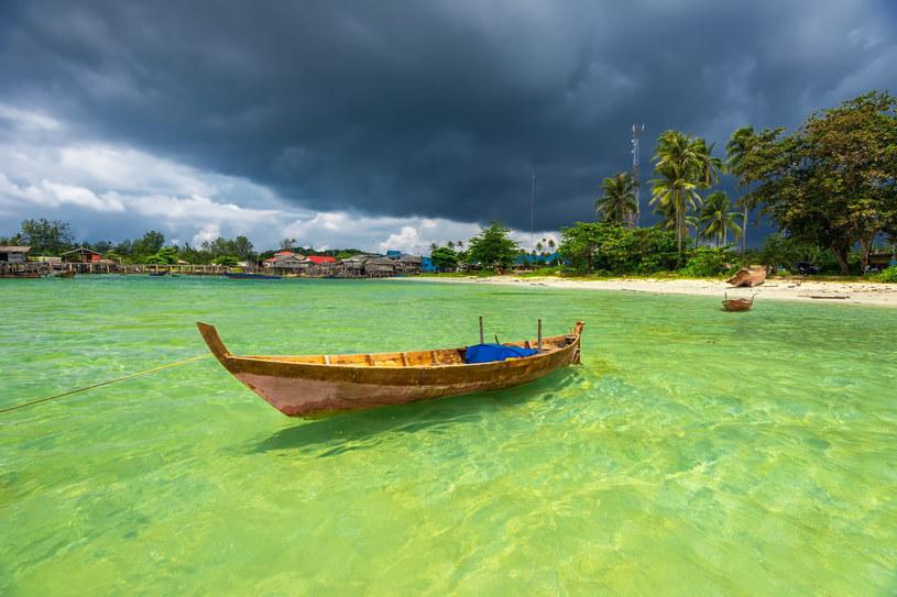 Urzekająca kolorami Bintan jest największą z ponad 3200 wysp należących do archipelagu /123RF/PICSEL