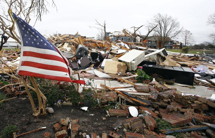 USA nawiedziły tornada /PAP/EPA