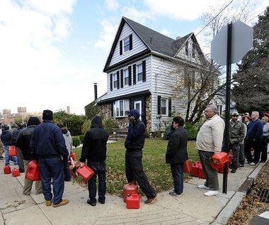USA po Sandy: Więcej włamań, nadal braki prądu i paliwa