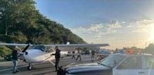 USA: Policyjny samolot awaryjnie lądował na autostradzie
