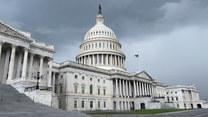 USA: Rozpoczyna się demontaż barykad przed Kapitolem w Waszyngtonie
