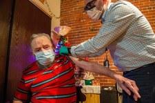 USA: Trzecia dawka szczepionki Moderny dla seniorów. Jest poparcie ekspertów