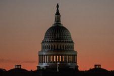 USA: Uzbrojony mężczyzna w pobliżu Kapitolu