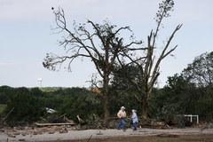 USA: W tornadach i  powodziach zginęło 11 osób
