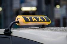 USA: Zaszczepiłeś się? Nie wsiądziesz do tej taksówki. Klienci oburzeni